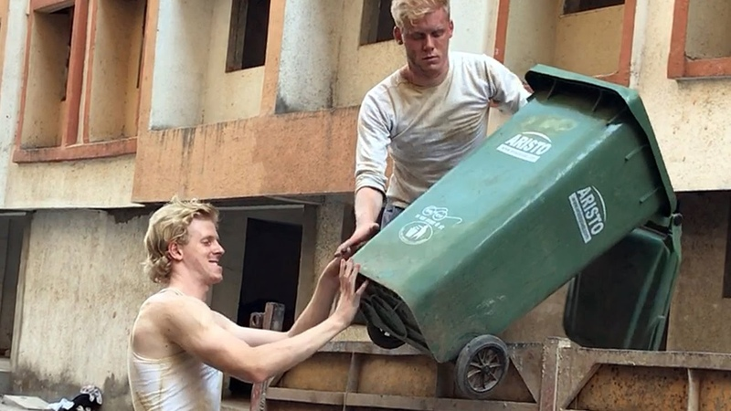 Swachh Bharat Abhiyan 2 Foreigners In Bollywood